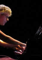 """""""Fantasy"""" Duo with conductor and pianist Bernhard Touwen"""
